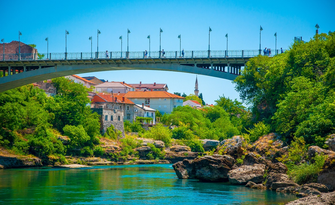 Bosnia_and_Herzegovina_Houses_Rivers_Bridges_549881_1170